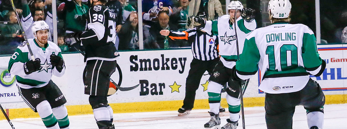 Third Period Surge Leads Stars to Third Straight Win