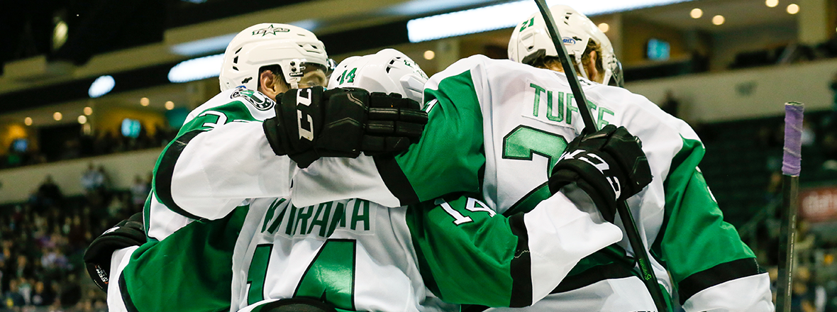 Stars Shine in Lopsided 7-3 Victory over Wild